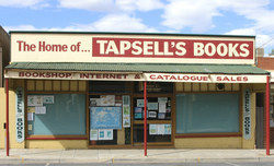 logo: Tapsell's Books and Music