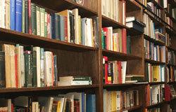logo: Brand Bookstore