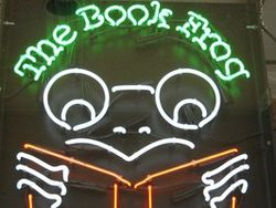 logo: The Book Frog
