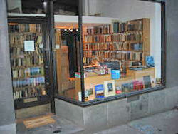 Classica Antikvariat store photo