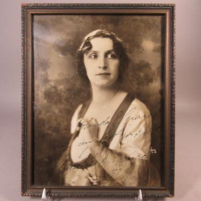 Image for Autographed photograph of Amelita Galli-Curci