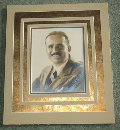 AN ORIGINAL PORTRAIT OF DOUGLAS FAIRBANKS BY MELBOURNE SPURR, INSCRIBED AND SIGNED BY FAIRBANKS IN 1926, (Spurr, Melbourne). Fairbanks, Douglas